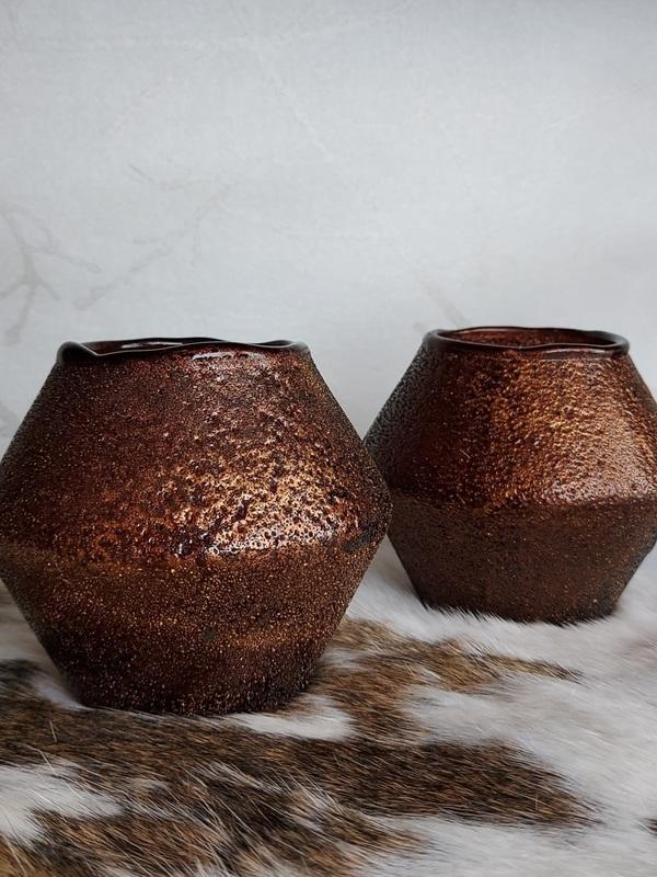 theelichthouder bruin/ goud conisch